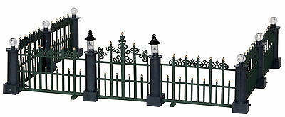 Lemax Decoration 'Classic Victorian Fence', Christmas Decorating Scene, NOT Lit