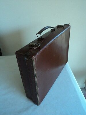 Vintage 1940's small brown child's suitcase WW2 36 cm long