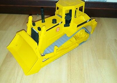 BRUDER 2424 CAT Bulldozer Toy RARE 1:16  SCALE DOZER CATERPILLAR