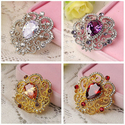 Exquisite Alloy with Rhinestone Inlaid Charming Flower Bouquet Brooch Pin XRAU