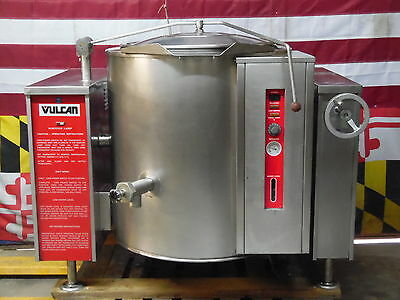 Vulcan Blodgett Nat Gas 40 Gallon Self Contained Tilting Steam Kettle VGLT40