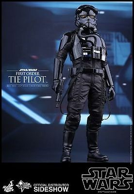 Hot Toys Star Wars TIE FIGHTER  PILOT 1/6 Scale FIGURE The First Order *NEW*