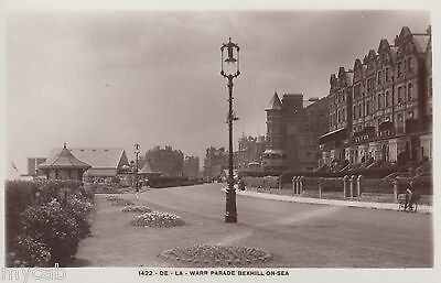 Postcard Bexhill on Sea near Hastings Sussex the De La Warr Parade RP