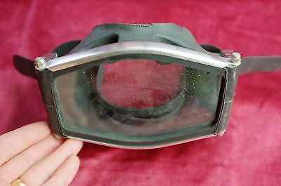 """Vintage SCUBA Rubber Face Mask, by """"BRIT MARINE Made in England"""", for display"""