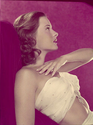 Jean Peters Sultry pin up glamour pose vintage ORIGINAL 8x10 Transparency Slide