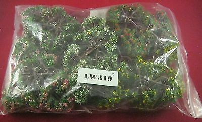 Small Trees, Suitable for Wargaming x30   Ref LW319
