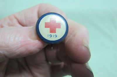Vintage Pin Back Button 1919 RED CROSS