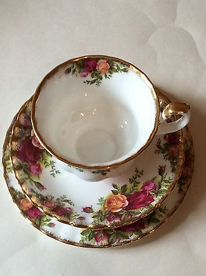 Royal Albert Old County Roses Trio Cup, Saucer & Side Plate