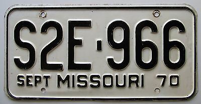 Missouri 1970 SINGLE PLATE YEAR License Plate HIGH QUALITY # S2E-966