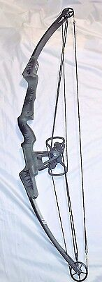 Jennings-Bear UNISTAR Compound Bow RH Butterfly Cam w/ Tom Jennings Signed Photo