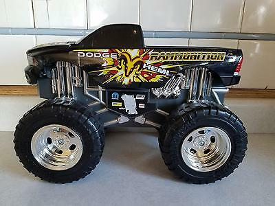 Toy State Road Rippers Black Dodge Hemi Rammunition Monster Truck 2010