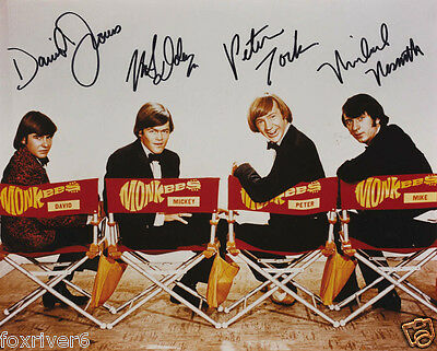 THE MONKEES Signed Photograph - Pop Band / Group Stars