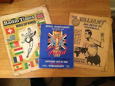 1966 World Cup final Programme + 1966 World Cup Radio Times & Valiant Comic Book