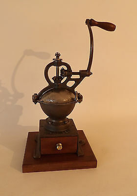 Antique French Goldenberg Cast iron Coffee Grinder / Mill Model 0 circa1900s
