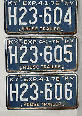 Kentucky 1976 House Trailer License Plate Lot - 3 Consecutive Number Plates
