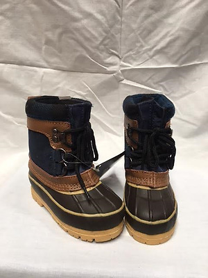 Kids Apres Boots  Lace Up  Unisex  Western Chief  Thinsulate  Brand New