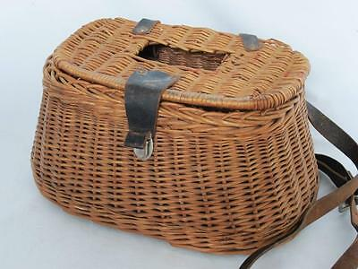 SUPERB VINTAGE WICKER FISHING CREEL antique woven basket rod reel net line lure