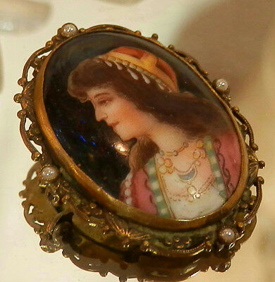 Amazing Antique Hand Painted Vintage 1800's Genuine Pearl Cameo Brooch 174F7