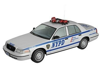 Ford Crown Victoria -- Police -- Usa -- 1/43 -- Ixo/ist -- New