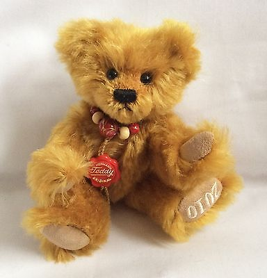Hermann Original 2010 Club Bear Mint Boxed, Honey Coloured With Bead Necklace