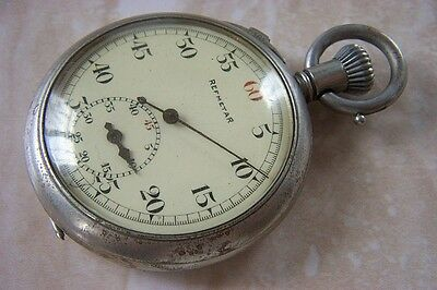 AN EARLY REFMETAR REFEREE'S STOPWATCH c. EARLY 1920'S