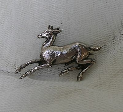 VINTAGE ART DECO – 1950s SILVER LEAPING FAWN DEER BROOCH PIN