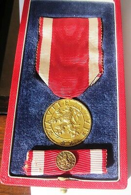 """Czechoslovakia Military Order of the White Lion """"For Victory"""" 4th cl.,Gold Medal"""