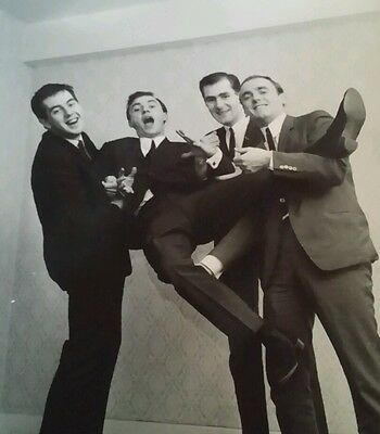 GERRY & THE PACEMAKERS 1960's British Merseybeat Promo photo Reprint 10in x 8in