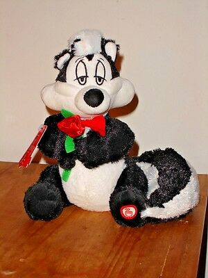 Pepe Le Pew de L'Amour Talking Plush with Roses Valentines Hallmark Looney Tunes