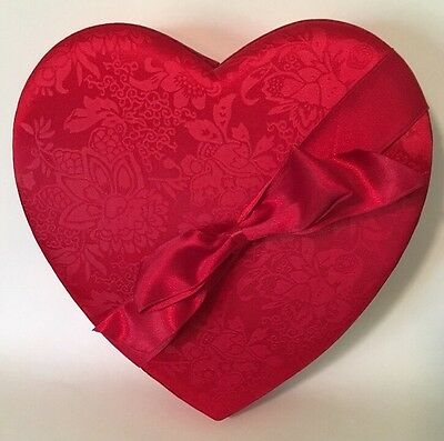 Valentine Heart-shaped Box Empty Padded Lid Red