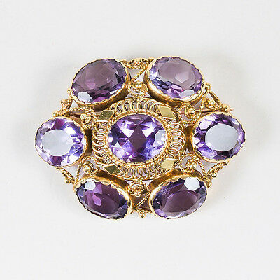 VINTAGE 14K Yellow Gold Purple Crystal Filigree Detailed Brooch Pin