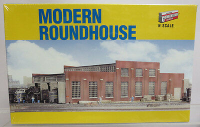 Walthers Cornerstone 933-3260 Modern Roundhouse N Scale Building Kit NOS