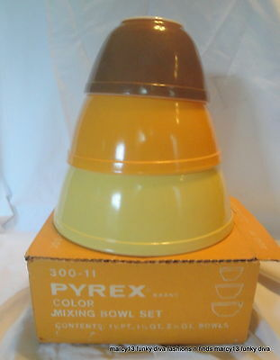 IOB 3 Vintage Pyrex 300-11 Color Nested Mixing Bowls 401 402 403 Yellow Gold +