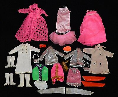 Lot of Dawn Doll Clothing & Accessories Vintage Topper Hair Clip Purses Coats+++