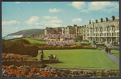 SUSSEX POSTCARD - The Western Lawns and Beachy Head, Eastbourne. KESB 121
