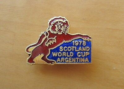 SCOTLAND - Superb 1978 World Cup Enamel Football Pin Badge By Coffer