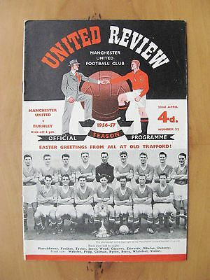 MANCHESTER UNITED v BURNLEY 1956/1957 Exc Condition Football Programme Inc Token