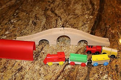 5 Trains and 2 tunnels for Wooden Train Set