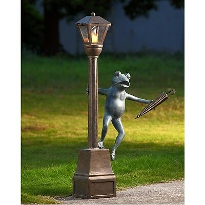STREETLIGHT FROG GARDEN LANTERN * 41 inch Streetlamp Sculpture Patio Yard Statue