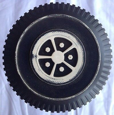Vintage 1970 Mattel BARBIE COUNTRY CAMPER Replacement Parts REAR AXIL & WHEELS