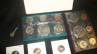 Coin Lot Us Coins  Uncirculated ~Eisenhower Dollars  1977 Mint Set+ Peace!! #63