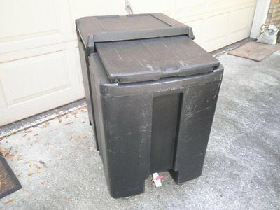Cambro ICS175TB Mobile Ice Caddy Bin 175lbs on Wheels for Restaurant Bar Party