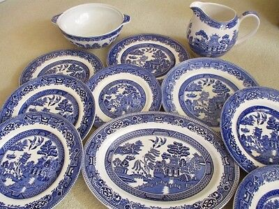 ALFRED Meakin Blue & White Old Willow pattern selection of items, plates, joblot