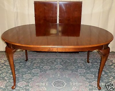 DREXEL DINING TABLE Cherry Carleton Queen Anne Style with 2 Leafs VINTAGE