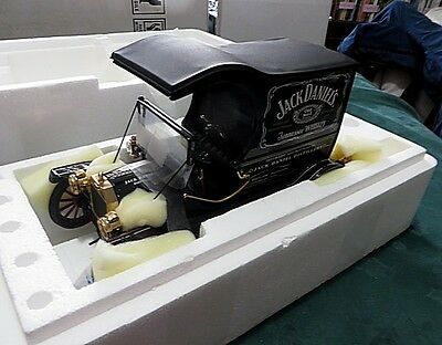 JACK DANIELS FORD T DELIVERY TRUCK  Franklin Mint. New in Box
