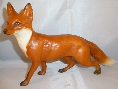 Beswick Fox Standing 1016 Matt White Tail Tip excellent condition