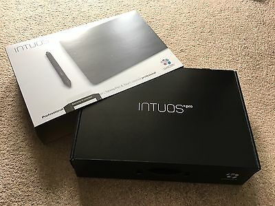 Wacom Intuos Pro Small Graphics Tablet ONLY USED TWICE