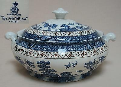 """Booths """"Real Old Willow"""" (A8025) TUREEN (non-gilded version)."""