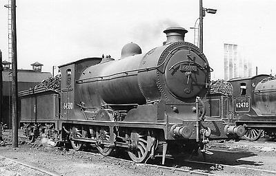 Photo Ex LNER Class J37  No 64580 seen at Thornton shed yard on 3/9/57 PHG