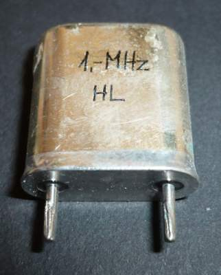 NEW / NOS_1 MHz_(1000_kHz)_HC-51/U_Quartz_Crystal_[=T=]